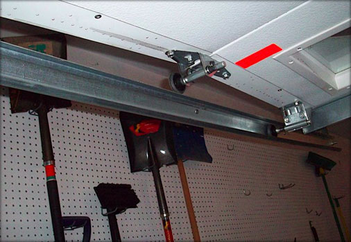 garage-door-track-repair-3